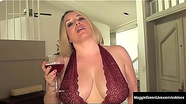 Well Rounded Milf Maggie Green Fingers Her Plump Pussy!