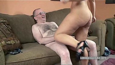 Curvy MILF Lexxxi Lockhart is getting dicked hard