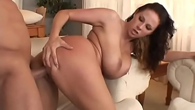 Horny big breasted slut Gianna Michaels getting boned by fit guy