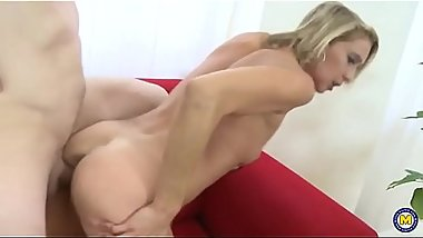 Amateur Milf Blow And Fuck Lucky Guy