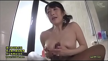 Japanese housewife gets her first BBC