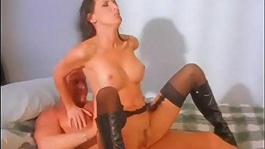 Brunette beauty Lezley Zen gets jizz blown on her waist after taking a hard cock