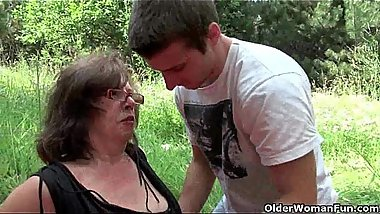 Nothing feels better than grandma'_s cunt outdoors