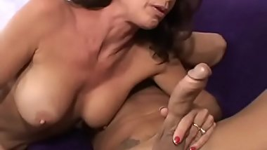 Sexy bitch Vanessa Videl gets facial after hardcore big cock pounding