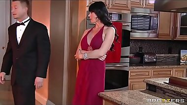 Gold Digger Eva Karera seduces the younger man for his cash