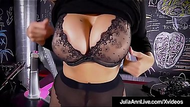 Hot Sex Bomb Milf Julia Ann Strips &amp_ Finger Fucks!